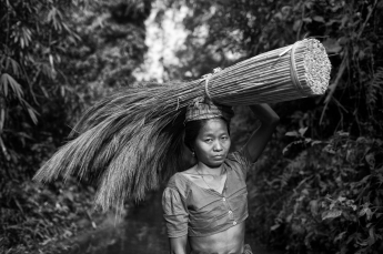 working-widow-of-bangladesh